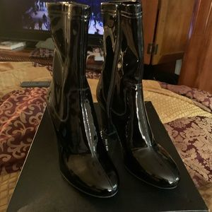 Kenneth Cole patent leather boots size 9 blk